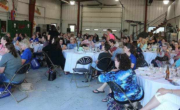 CommonGround Nebraska: Banquet on the farm